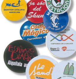 Badges à épingle