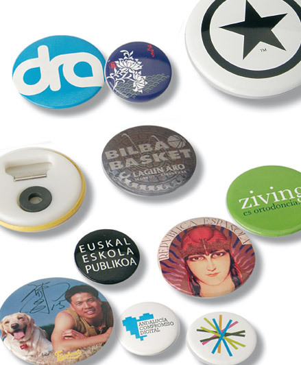 Magnets en forme de badge