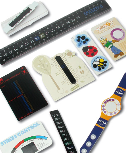 Flat card thermometers