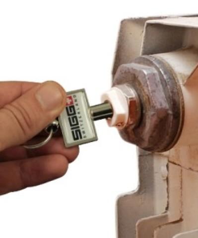 Llaveros válvula radiador y caja contadores